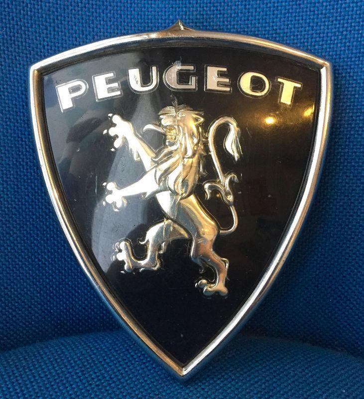 Peugeot プジョー ライオンの紋章 ヴィンテージ・カーエンブレム